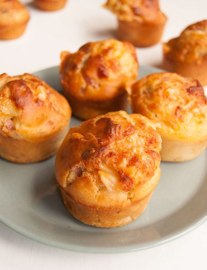 Muffins de queso, bacon y nueces