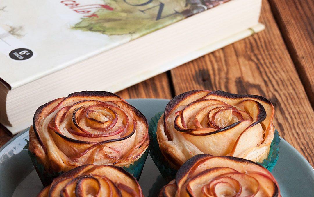 Rosas de manzana con hojaldre