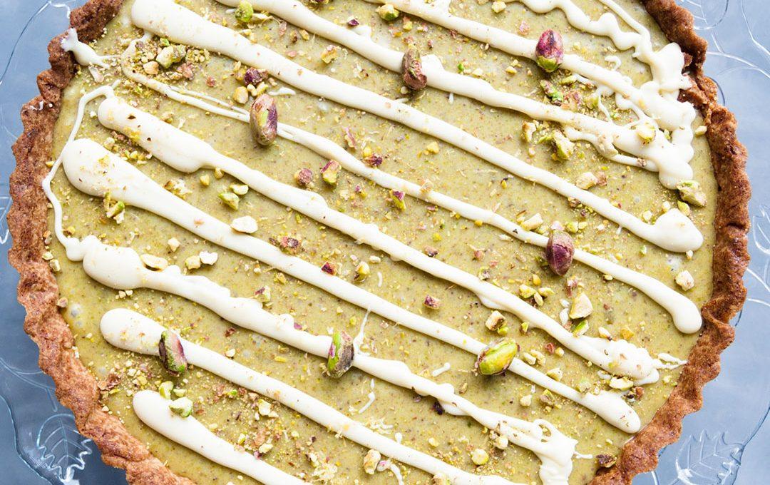 Tarta de chocolate blanco pistachos y limón